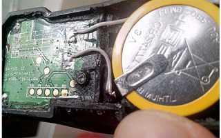 Как заменить батарейку в датчике давления шин