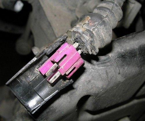 механическое повреждение проводки