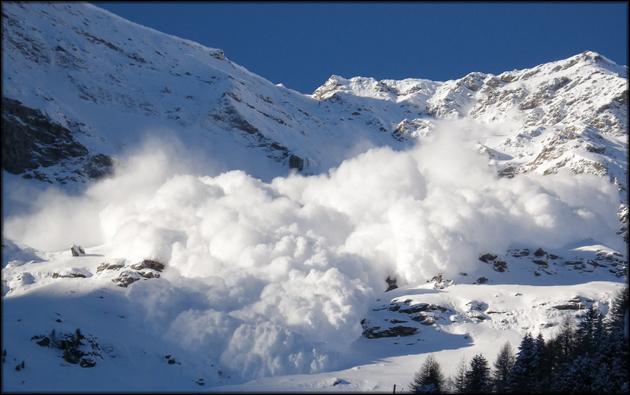 Опасность лавины угрожает каждому фрирайдеру