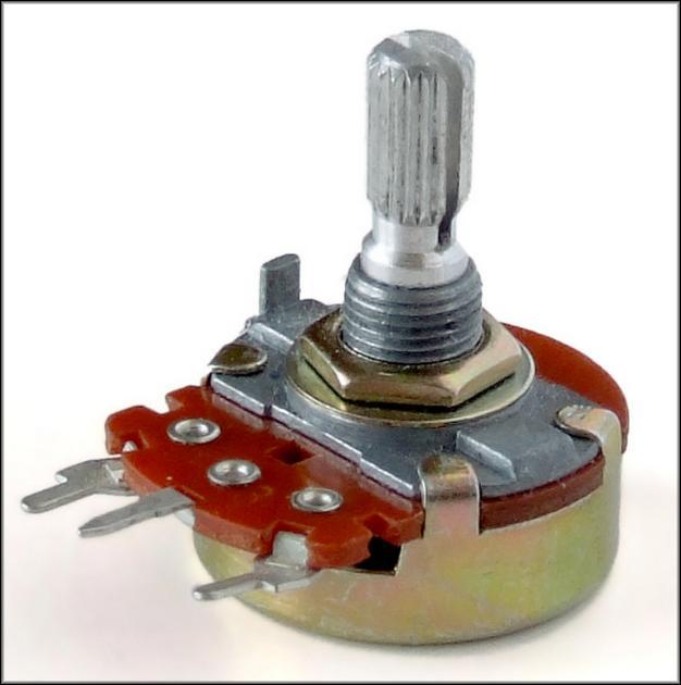 Трехвыводной переменный резистор