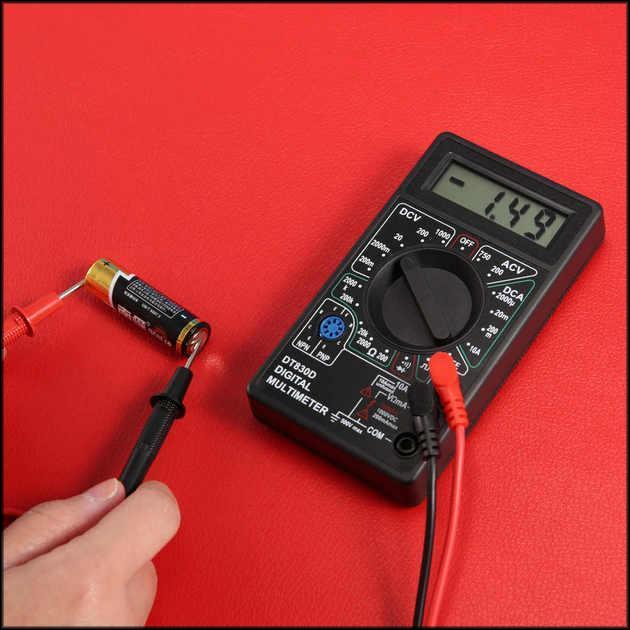 Проверка батарейки ААА мультиметром