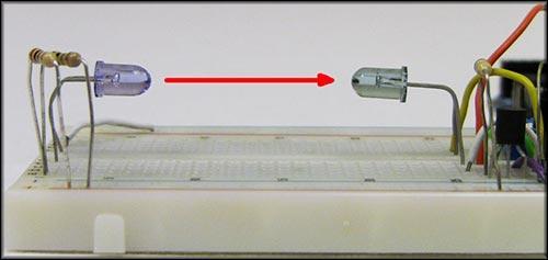 Расстояние между приемником и передатчиком